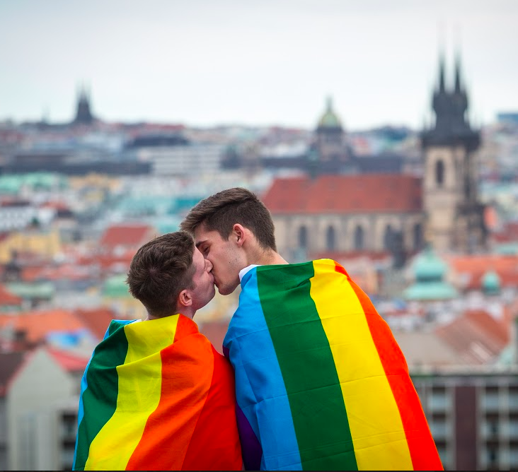 ManAboutWorld gay travel magazine; twitter chat on LGBTQ travel safety