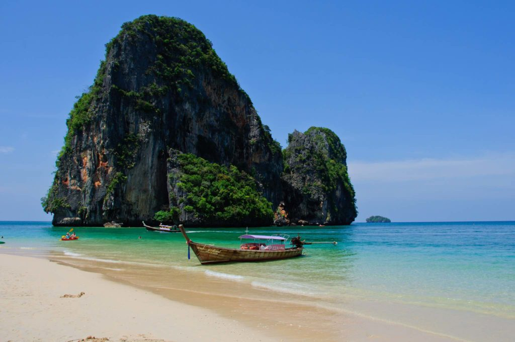 Picture yourself in lovely Krabi Island, Thailand and get there with our Thailand gay travel experts, ManAboutWorld gay travel magazine