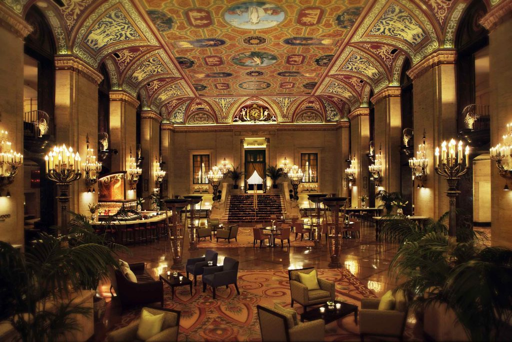 Palmer House Hilton in ManAboutWorld gay travel magazin