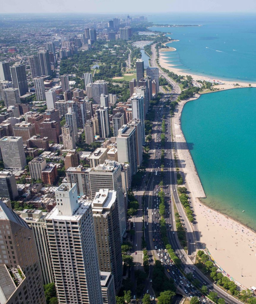 LGBTQ guide Chicago in ManAboutWorld gay travel magazine